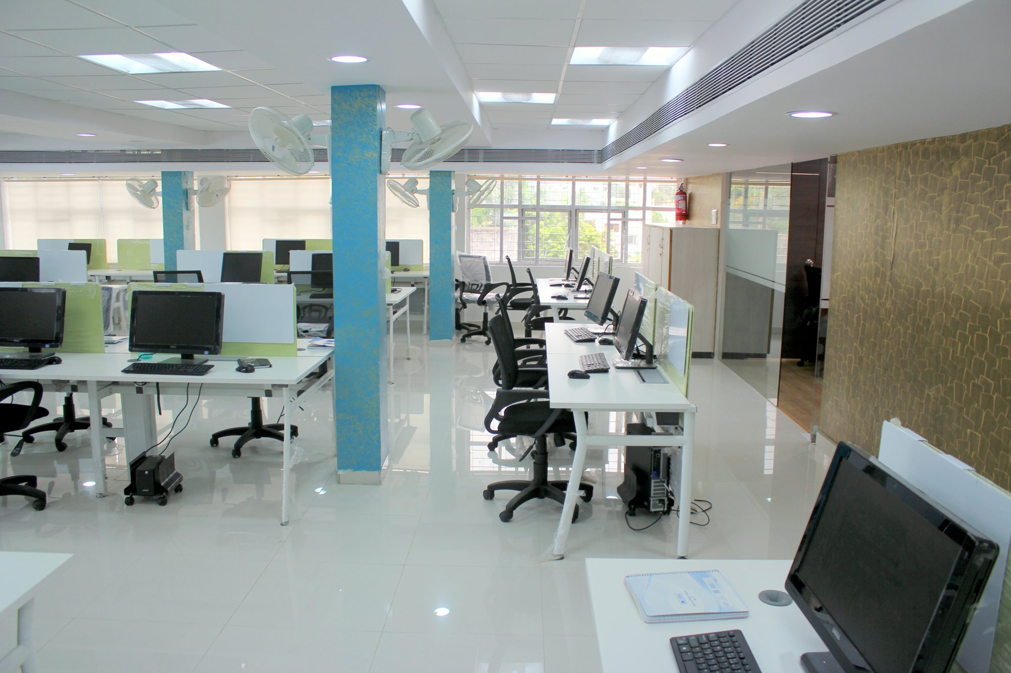 Our new inkthemes office finally dream comes true for Office space design companies